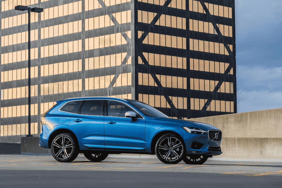 Hyr Volvo XC60 billigt hos Franz J Biluthyrning