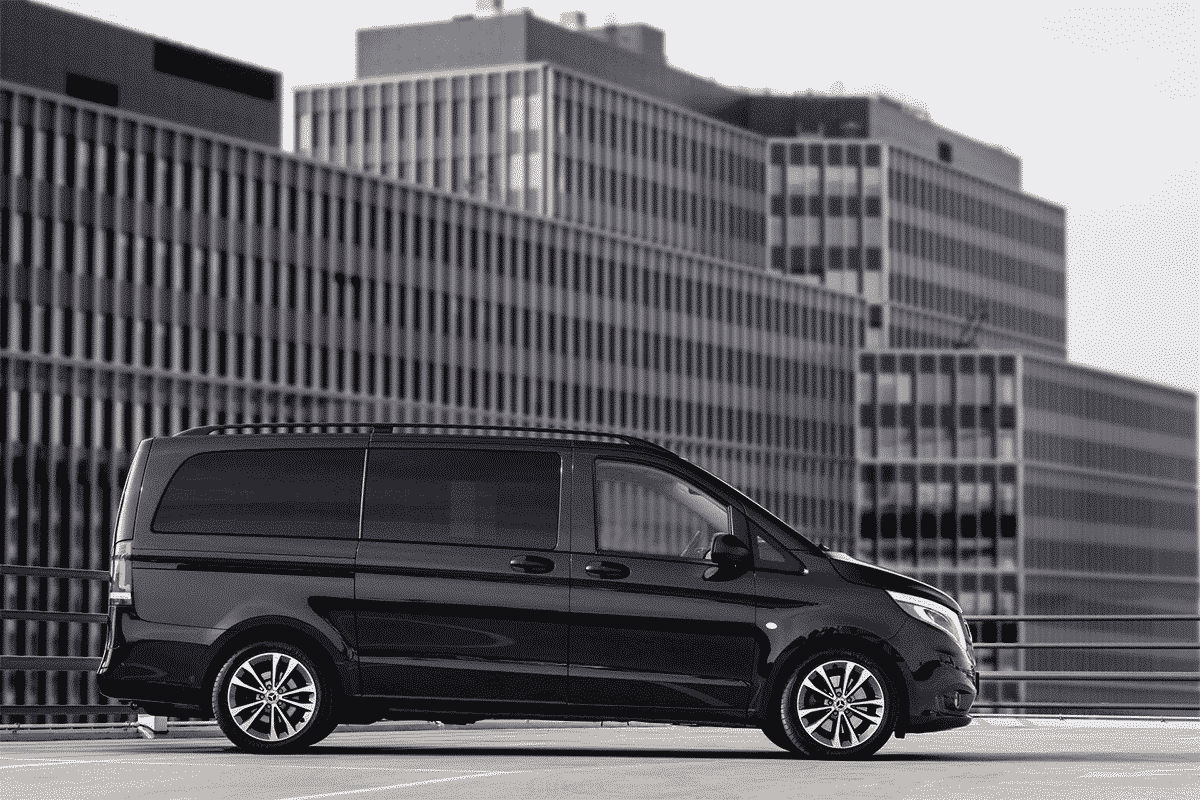 Hyr Mercedes-Benz Vito Tourer hos Franz J Biluthyrning