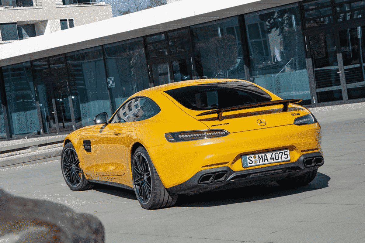 Hyr Mercedes-Benz AMG GT hos Franz J Biluthyrning