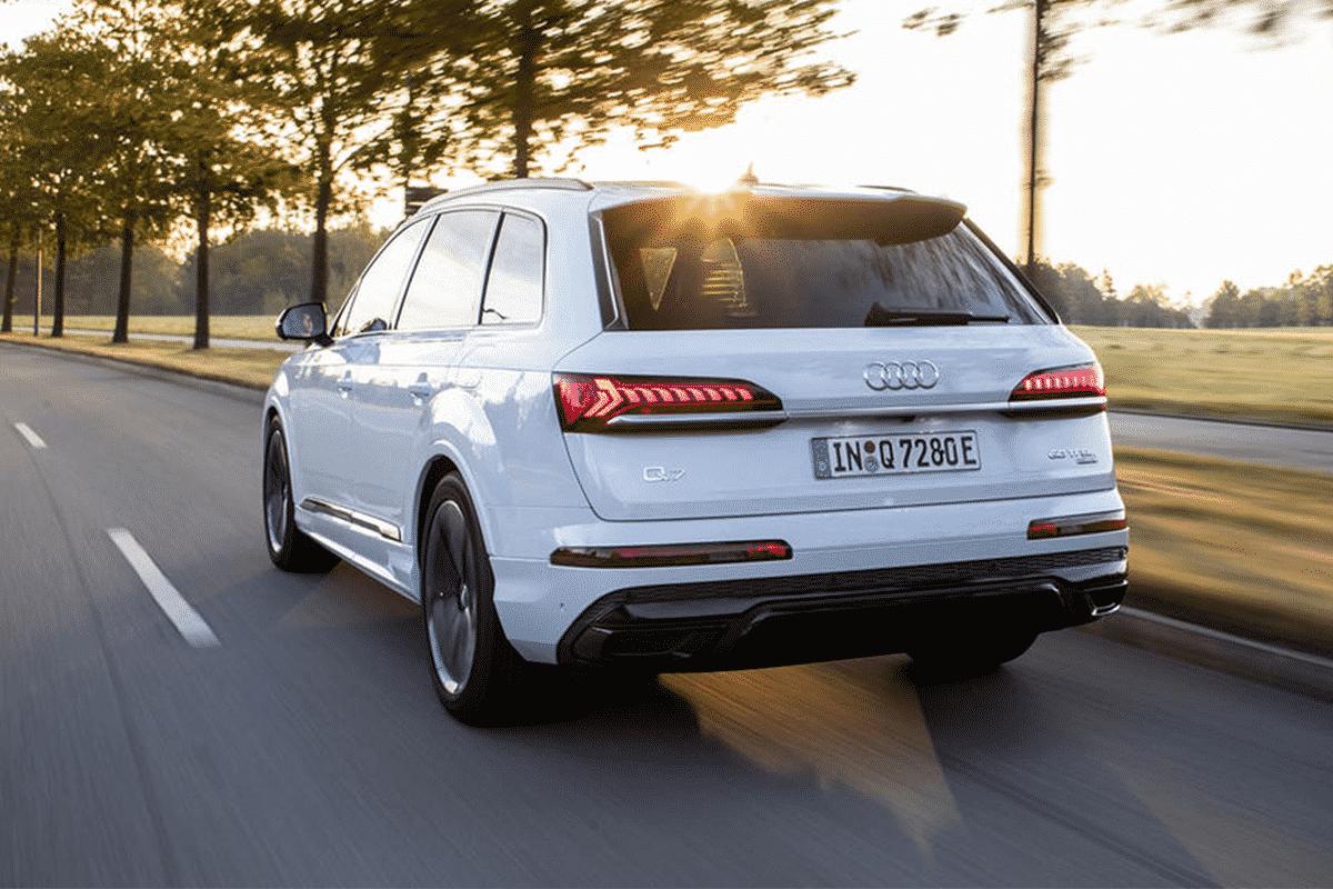 Hyr Audi Q7 hos Franz J Biluthyrning